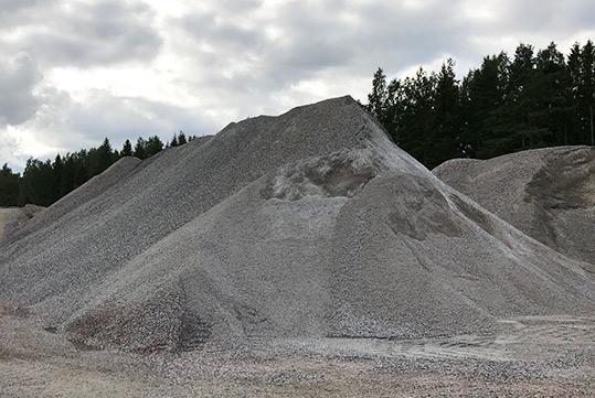 Kiviainesmyynti / Försäljning av bergskross och sand